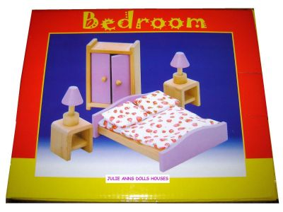 Dolls Furniture, Pink bedroom set